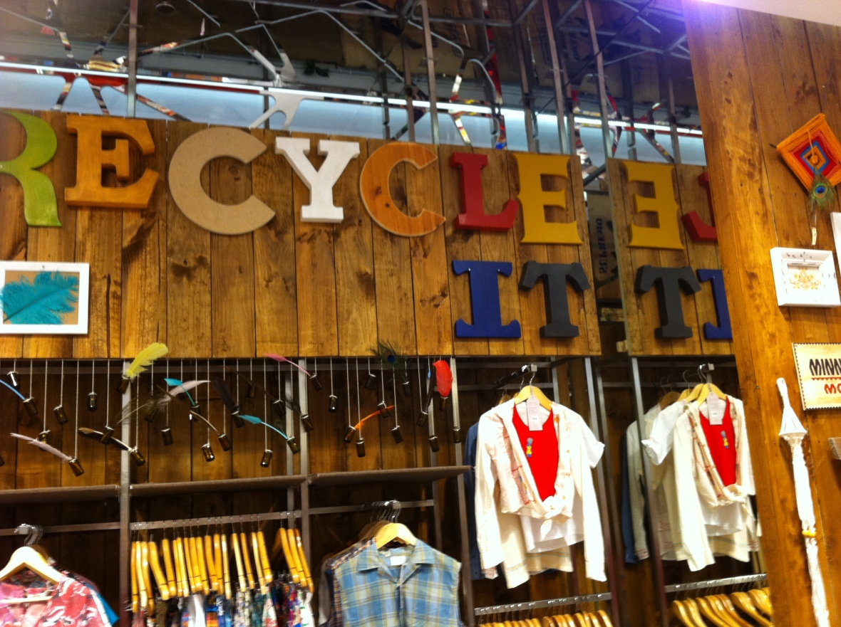 Pitt Street Westfield SportsGirl - wooden recycle sign